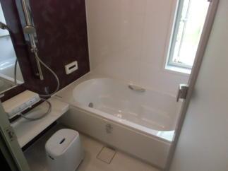 タイル貼りの浴室からユニットバスにリフォーム