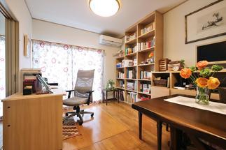 本棚収納・書斎スペース