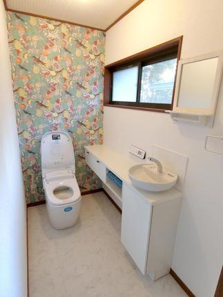 トイレ室全体