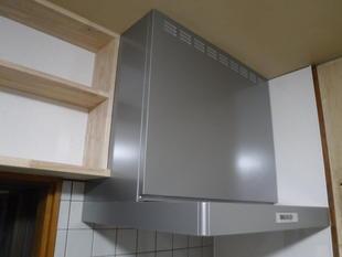 最近のキッチン換気扇はお手入れが楽です(南アルプス市)