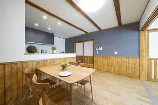 調湿素材の塗り壁にこだわった「呼吸する家」