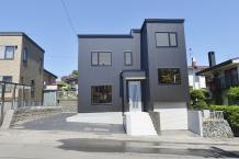 三世代家族の二世帯住宅