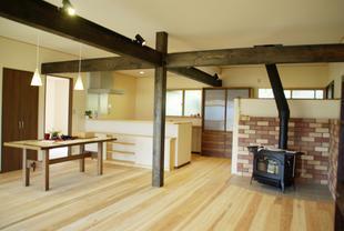 薪ストーブのある暖かい家へ