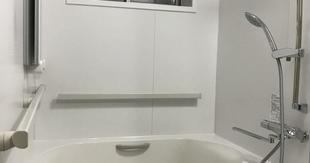 暖かいお風呂へ。。。