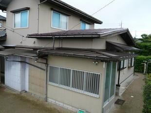 鳥取県西伯郡 K様邸 玄関屋根老朽化のため張替え及び引き込み線の移動
