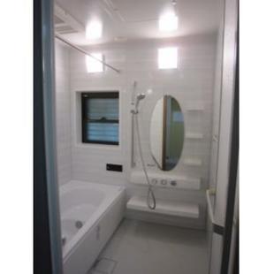 入口の段差を解消した浴室リフォーム