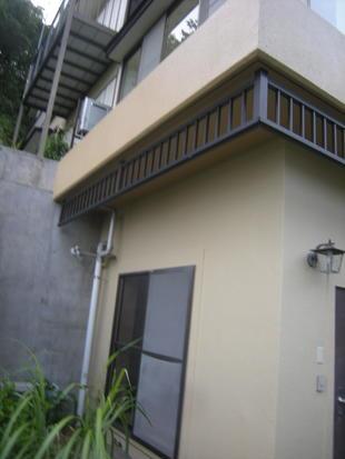 熱海で戸建てリフォーム!外部塗装工事・木立の中の別荘・伊豆山M様邸