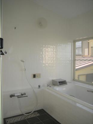 熱海で戸建てリフォーム!熱海網代山別荘地 K様邸こだわりの浴室