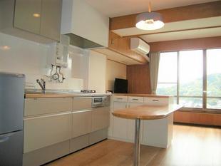 熱海のマンションリフォーム!ペールグリーンのかわいいキッチン!熱海Nマンション K様邸