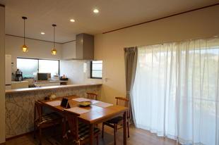 明るく広く使いやすいキッチンへ/キッチンリフォーム
