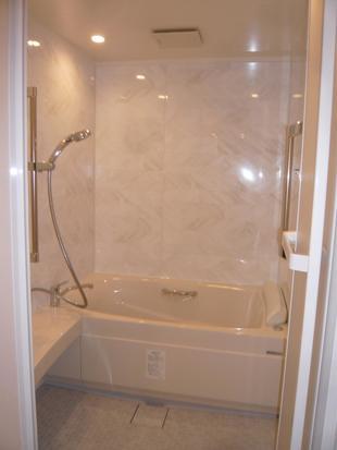 E邸 マンション浴室段差解消リフォーム