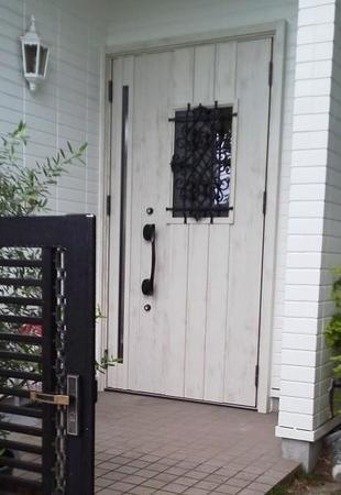 玄関ドア改修