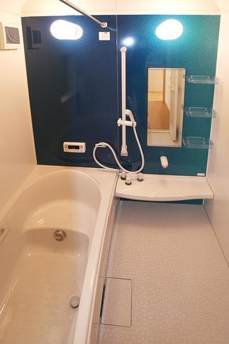新緑色のお風呂