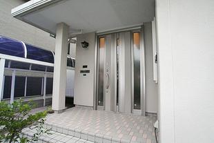 玄関ドアをPATTOリフォーム