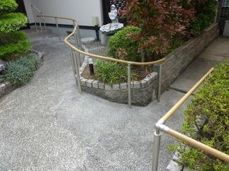 駐車場への道After