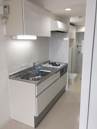 江戸川区:築40年のマンションを明るくリノベーション