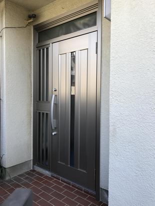 市川市 玄関ドアをワンデーリフォーム