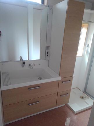 洗面脱衣室も快適空間に。