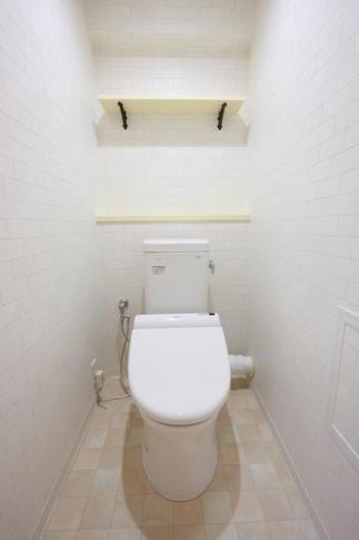 トイレもタイル
