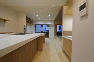 料理教室は8人まで参加できるスペースを確保