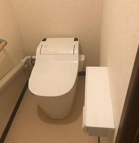 トイレの床貼り替えリフォーム