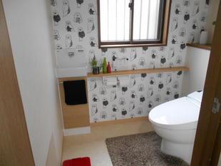高鍋町 リフォーム トイレ壁紙と手洗い