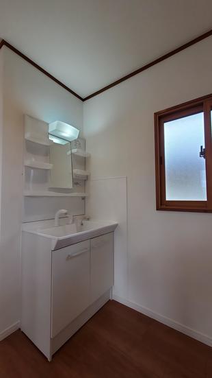 最先端リノベーション住宅 2階洗面化粧台
