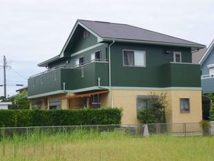 屋根・壁「カバー工法」で一新!家全体も効果的に断熱!