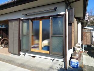 窓からのすきま風をシャットアウト!!