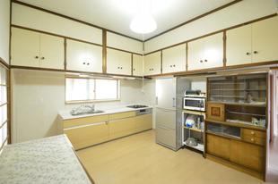 三春町下舞木で台所・寝室・廊下をリフォーム!!