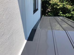 外壁からの雨漏りをきっかけに、屋根も全面塗装