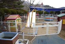砂場にフェンス(2012.03.05)