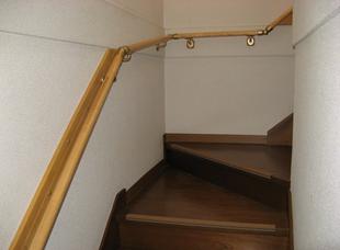 朝倉市一木 階段の上り下り手助けリフォーム!