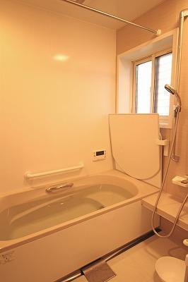 浴室をユニットバスに
