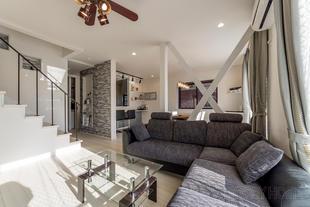 船橋市 シンプルモダンな二世帯住宅にリノベーション