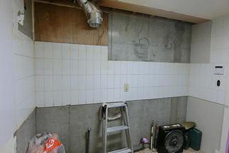 既存キッチン解体撤去後