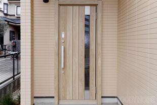 船橋市 賃貸物件の玄関扉ワンディリフォーム