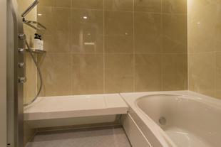 「おうち時間」を幸せに!スパのような浴室リフォーム