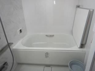 浴室とトイレのリフレッシュと内装メンテナンス