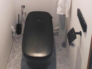 ノーブルブラックのトイレ
