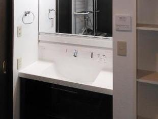 ごちゃつきがちな洗面まわりをすっきり:LIXIL エルシィ