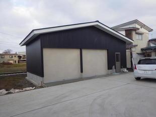 ガレージ&収納庫