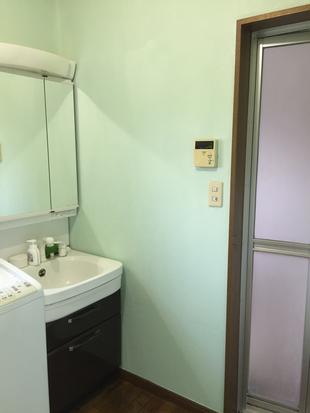 H様邸 壁リフォーム(洗面化粧室)