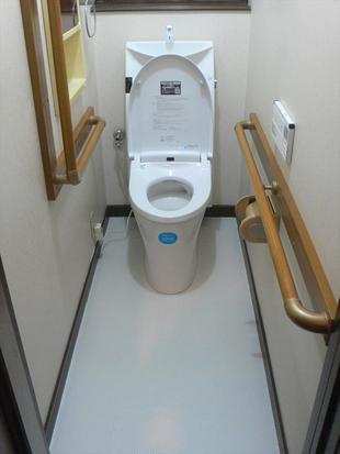 トイレと床クッションフロアのリフォーム