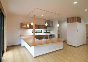 暖かいお家。耐震&断熱性能にリノベーション
