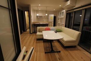 3階建て共同住宅を丸ごと住居に