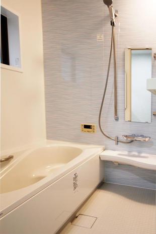中古物件購入後、浴室・洗面をきれいにリフォーム【鹿児島市】