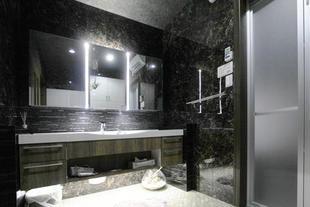 高級感溢れるラグジュアリー洗面室【鹿児島市】