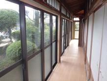窓のリフォーム(木サッシからアルミサッシへ)