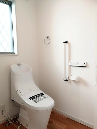 LIXILのトイレでお掃除ラクラク